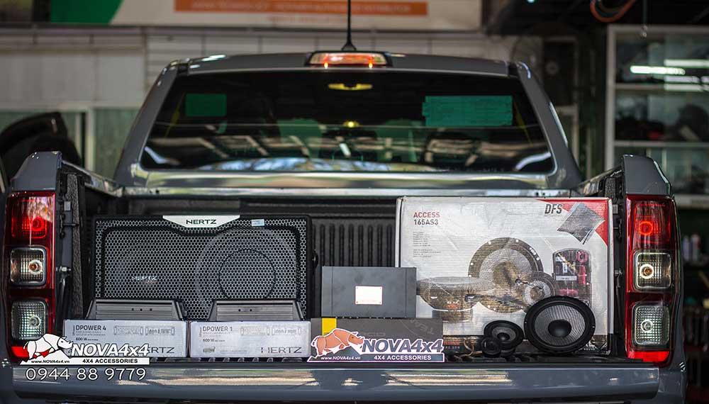 Gói độ âm thanh xe bán tải Ranger Raptor