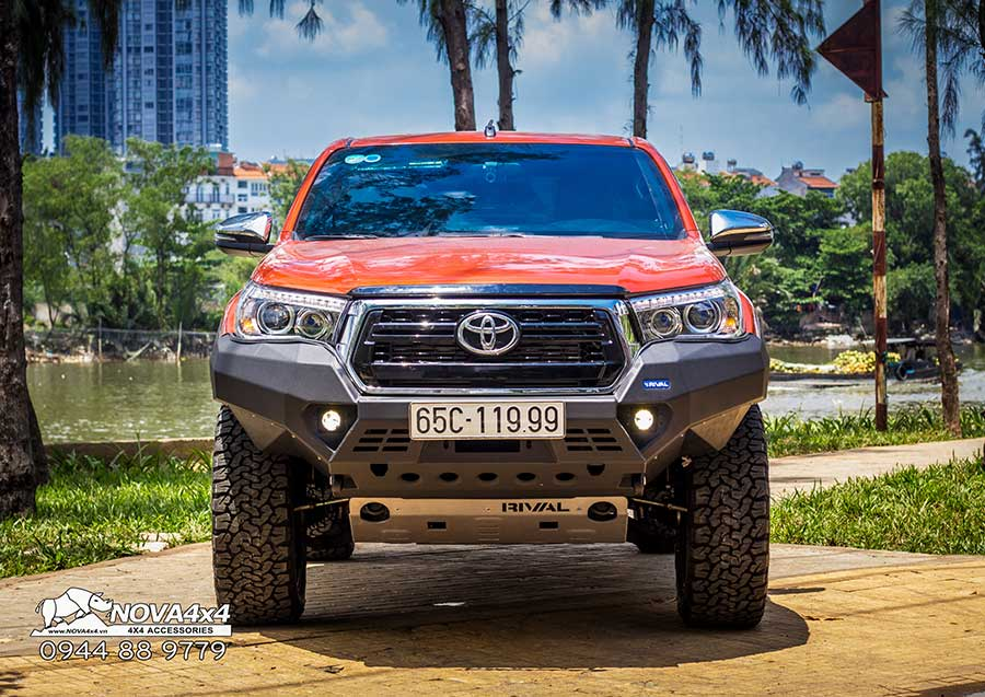 chi-tiet-hilux-2019-do-full