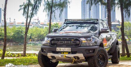 Bán tải Ranger Raptor xám độ Full option