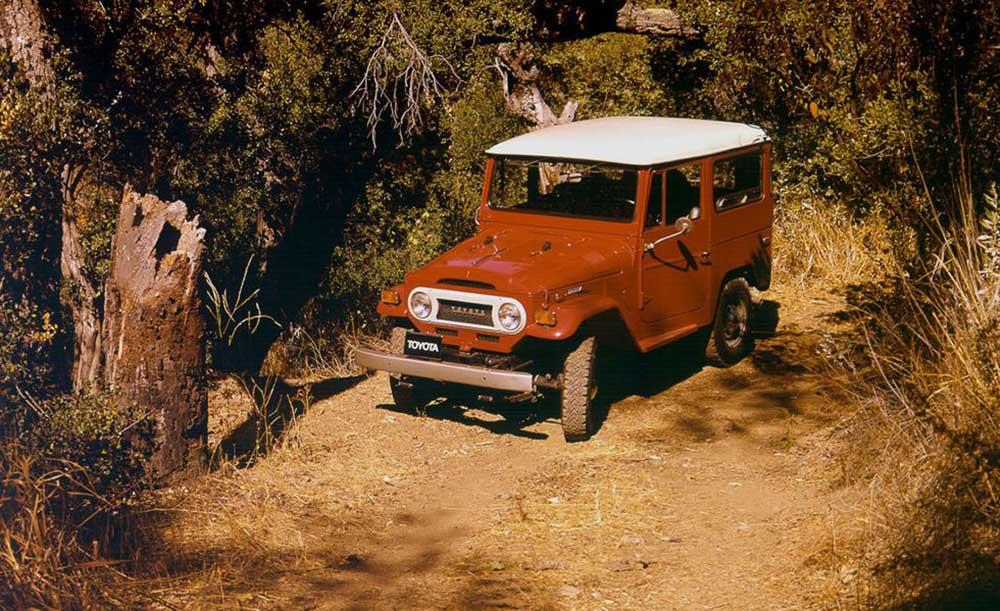 Lịch sử lẫy lừng của dòng xe địa hình huyền thoại Toyota