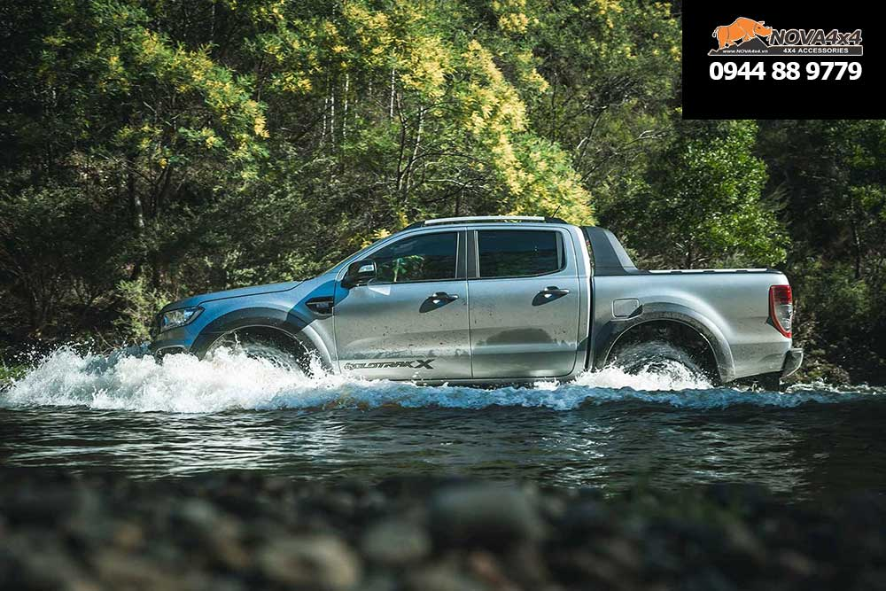 Ranger WildTrak X lội nước sâu 800mm